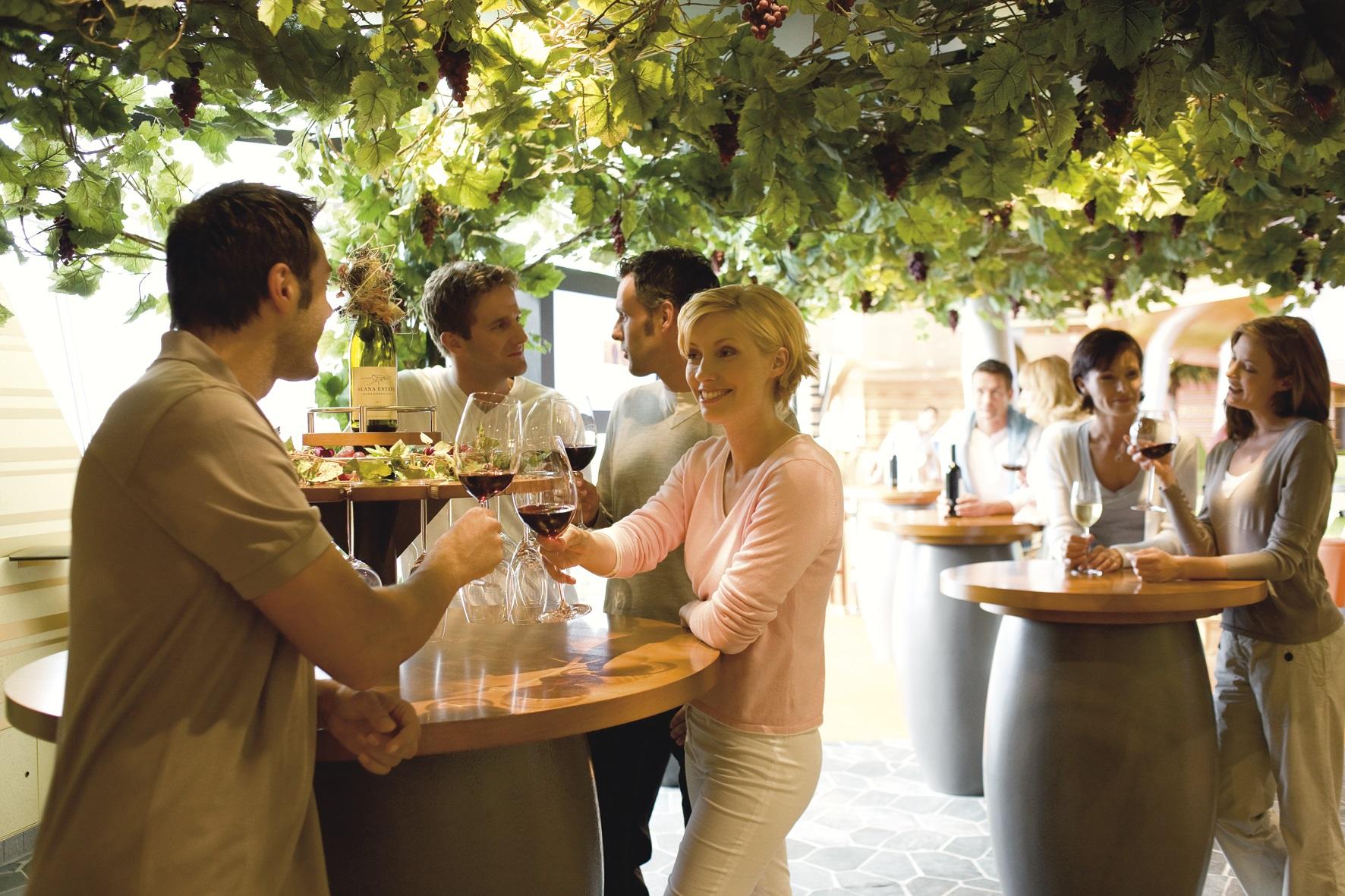 Weinbar auf der AIDA