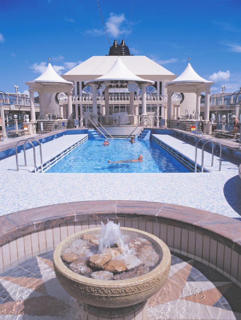 Tivoli Pool - Norwegian Spirit