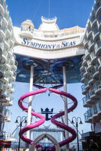 Symphony of the Seas Schiff