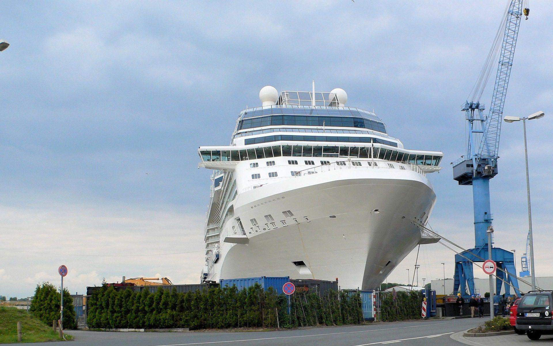 Meyer Werft nächste Überführung