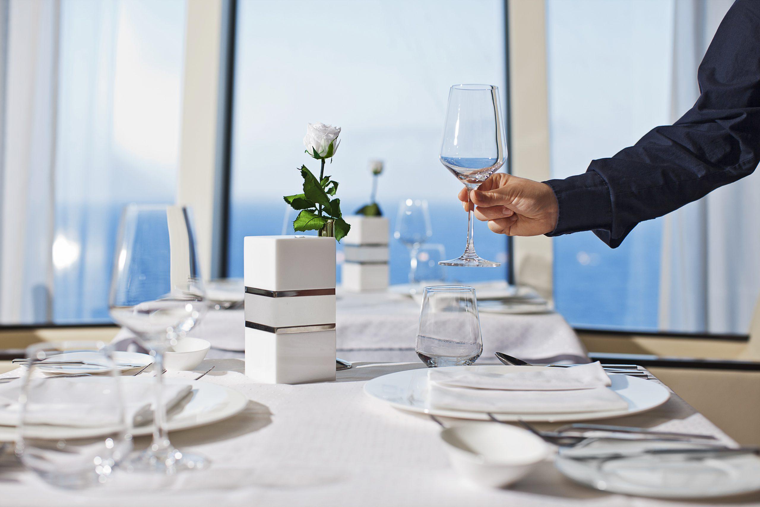 AIDA Restaurant Tisch